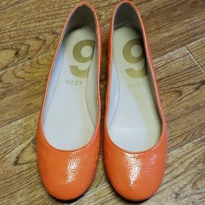 ⬇️Sale ⬇️9west orange flats
